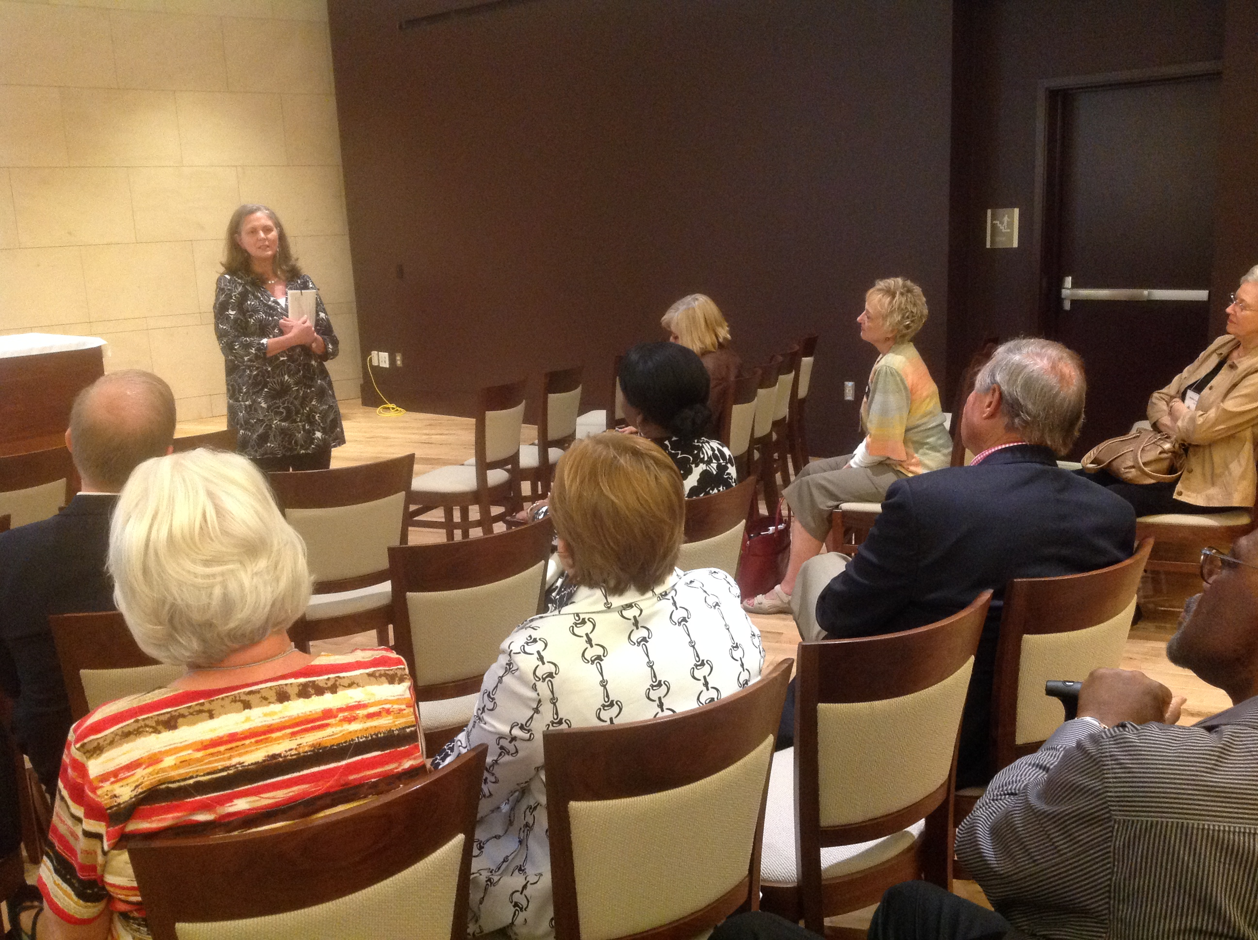 Dean Love addresses SEJCCA in New Teaching Room at Candler