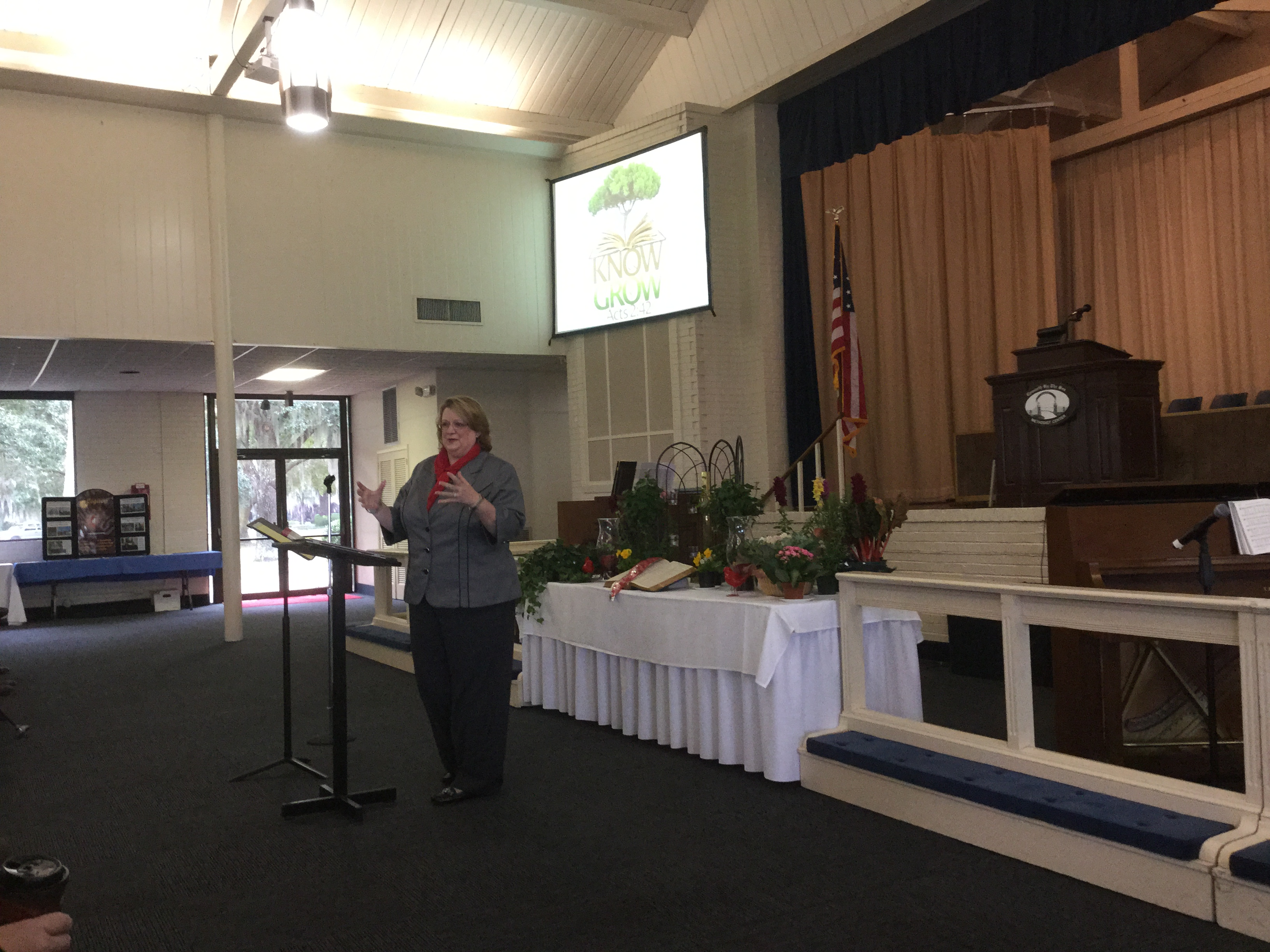 Dr.Nita Crump teaches Bible Study at WCM
